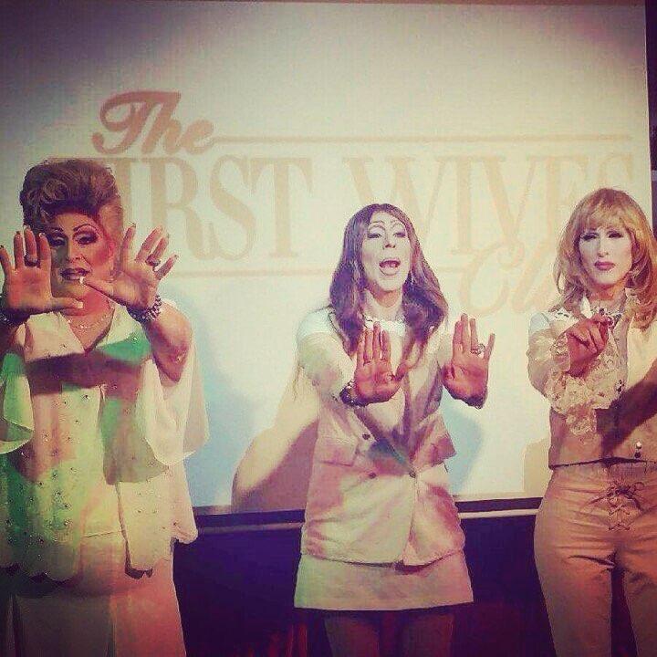 Vegas Calendar June : Qolv quot what a drag featuring the queens of las vegas